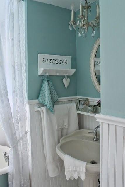 Moois en liefs mooi wonen in wit met blauw - Badkamer blauw ...