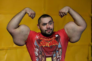 Mostafa Ismail has the world's biggest arms
