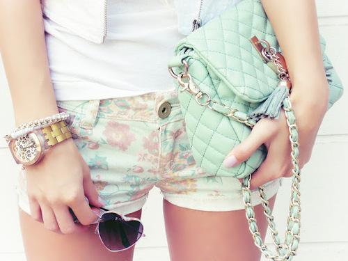 pastele, pastelowe torebki, streetstyle