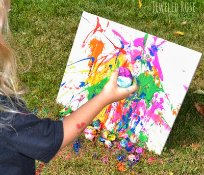 Pintar ovos cheios sobre tela