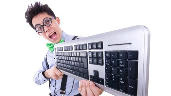 6 لوحات مفاتيح (كيبوردات) كمبيوتر يجب ان تعرف بوجودها كمهووس!