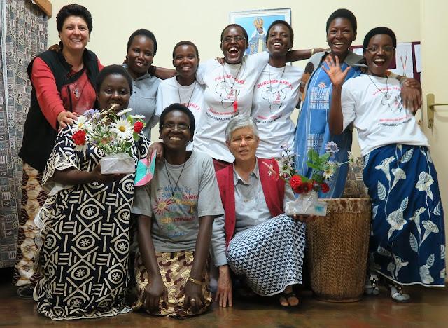 Con mujeres en la misión