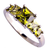 Delivery of peridot jewelry to Ukraine