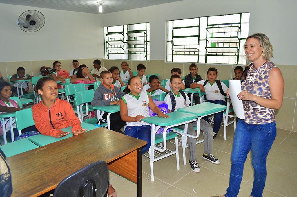 Depois de quatro meses de expectativa, alunos voltaram a estudar na E. M. Sebastião Branco