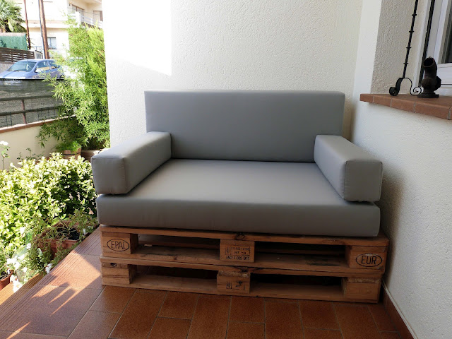 Chill outs y muebles con palets for Cojines sofa exterior