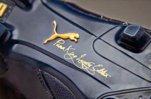 Limited Edition Puma King Lux 24C FG with Black and Gold Color