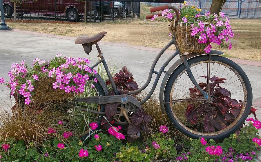 MI MALETA DE RECORTES: Bicicletas con Flores+Betty Boop collage+ ...