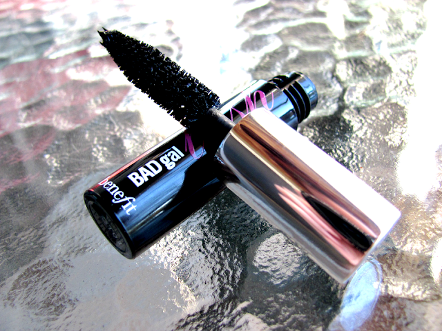 benefit-cosmetics-badgal-lash-mascara