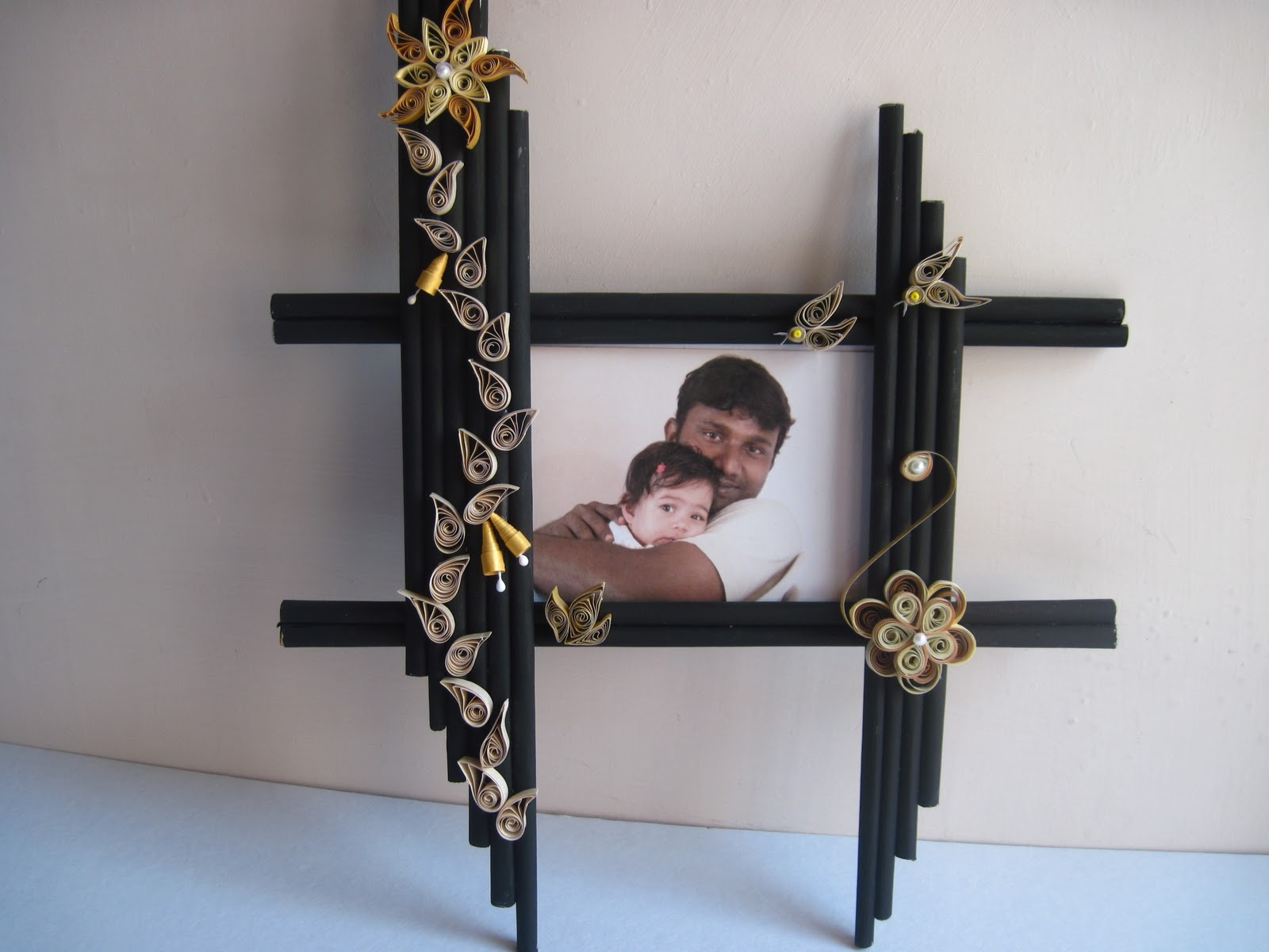 Craft Crackers: quilled frame