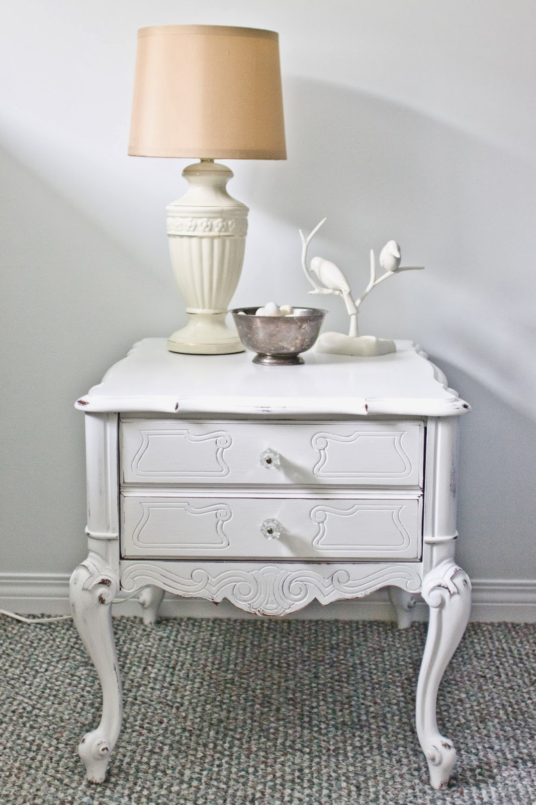 Incroyable French Provincial Side Table