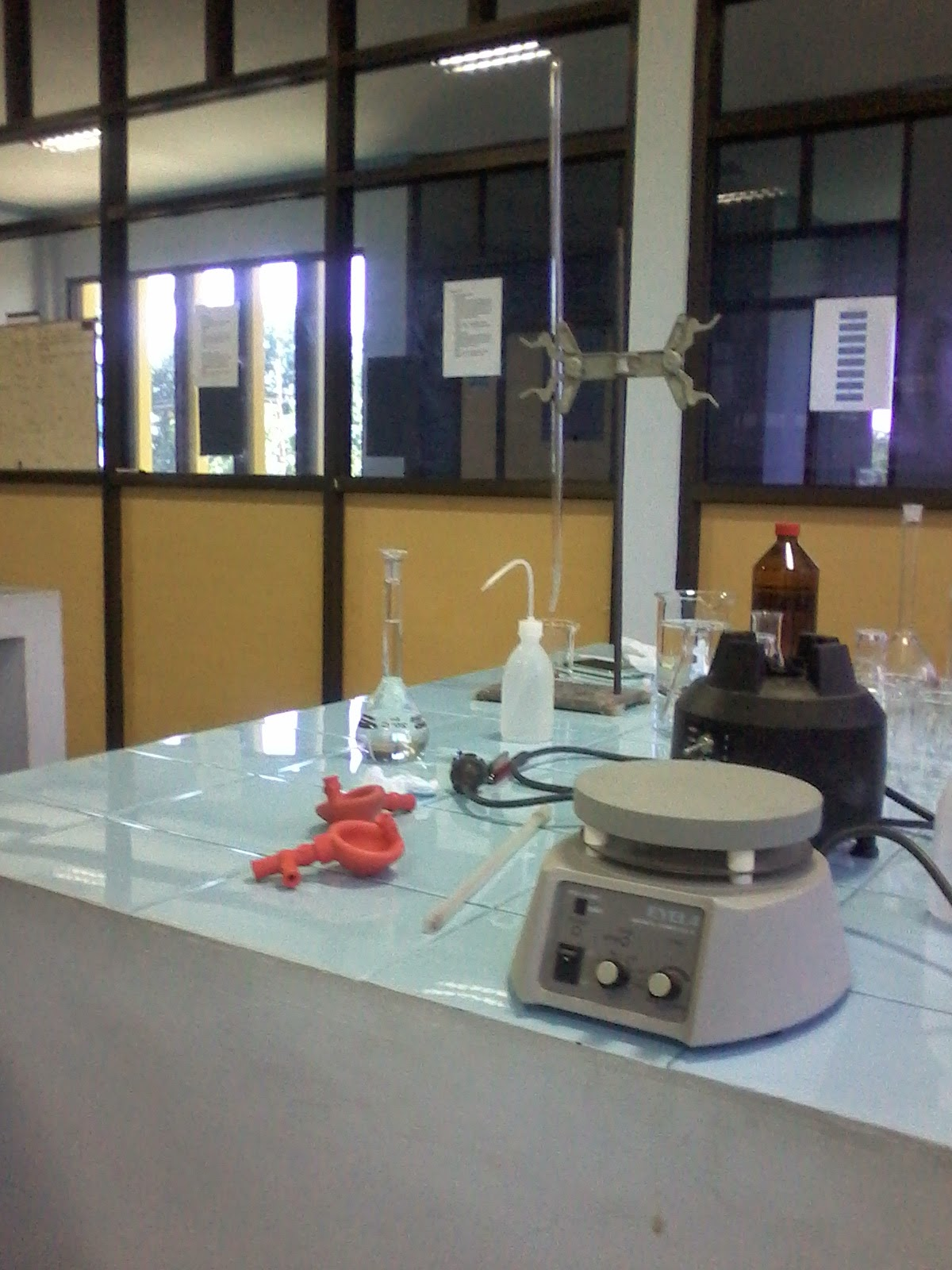 Sanitasi laboratorium kimia