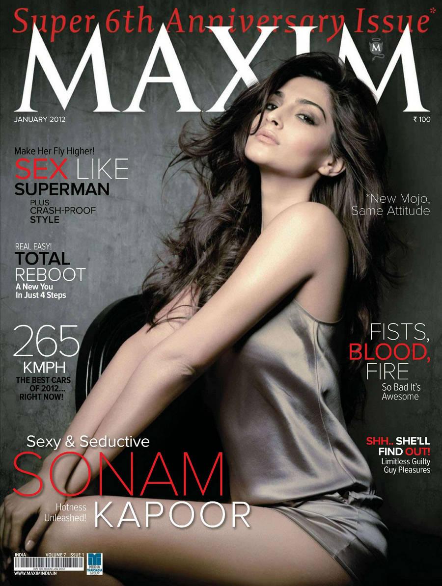 Actress Sonam Kapoor Hot