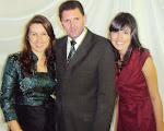 Pastor presidente e família