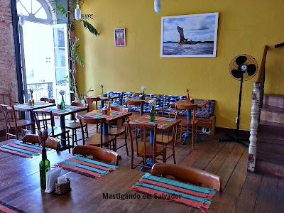 Romã Restaurante Natural: Ambiente