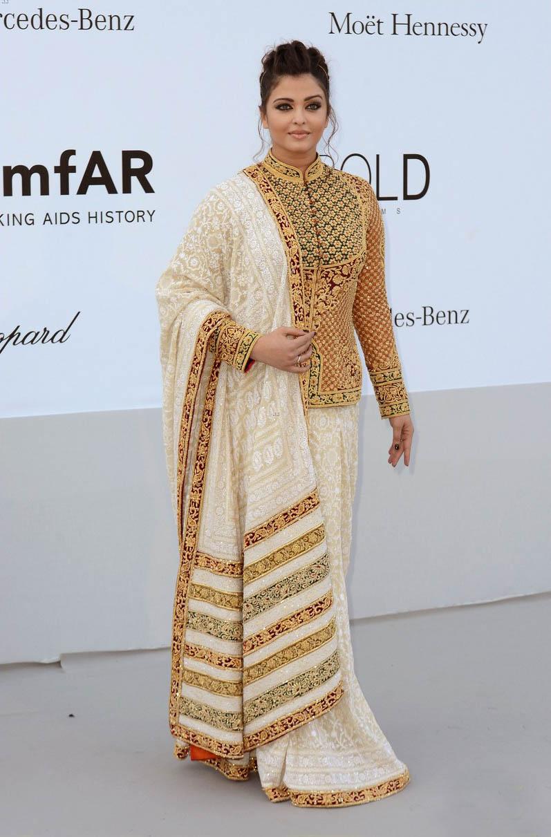 aishwarya rai at cannes film festival 2012 actress pics