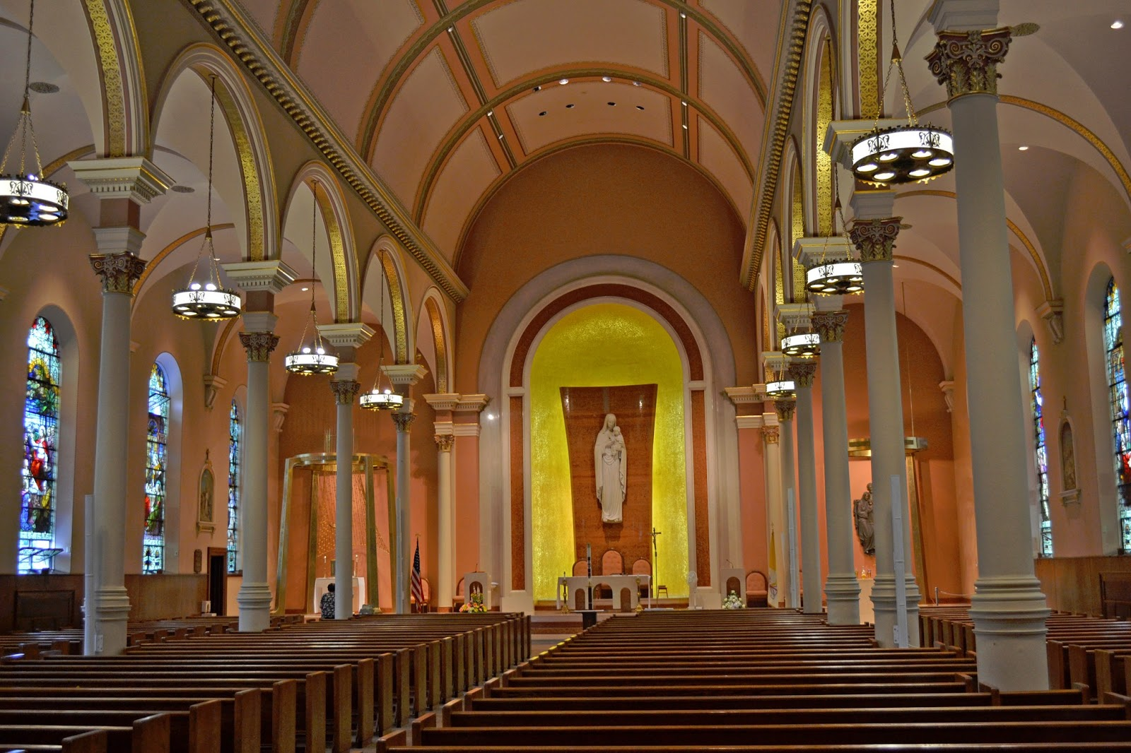 catholic visit Reader approved how to visit a catholic mass four parts: visiting a church entering the sanctuary participating in the mass rosary prayer community q&a mass is a religious ceremony filled with rituals, songs, and prayers most catholics already have memorized.