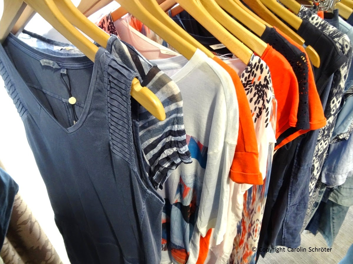 Sandwich clothing collection
