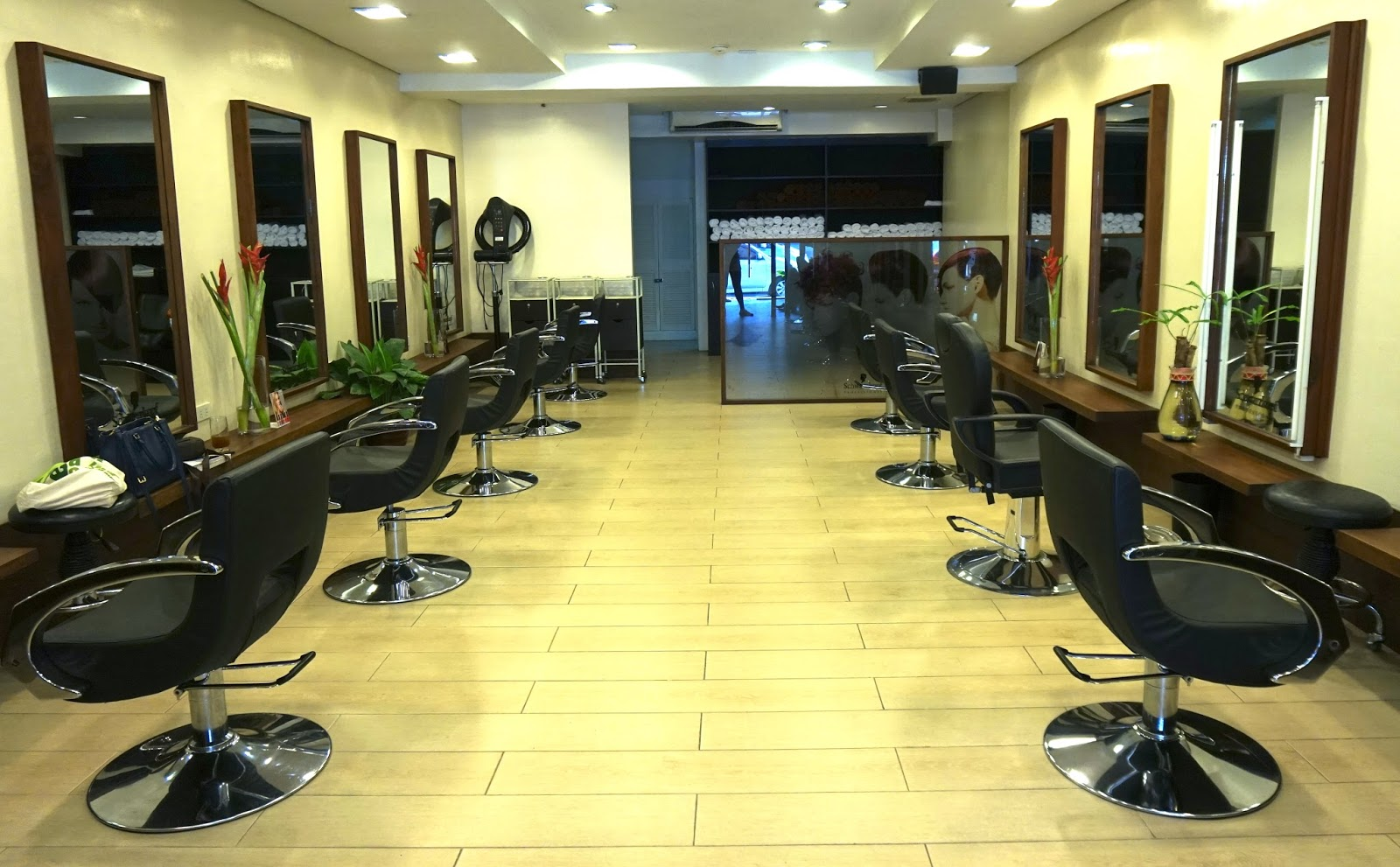 Hair color at cedar salon review experience prices the for Salons wilson