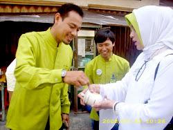 2, Rantai ke Hongkong dari BMT Beringharjo, Yogyakarta