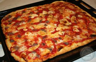 Ricetta pasta della pizza con lievito istantaneo