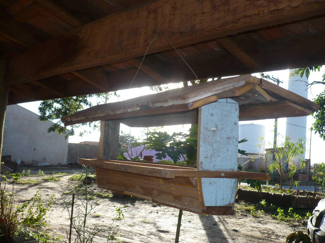 tacos de assoalhos e madeiras de lei de demolição fazem que o  #466A85 1280x960