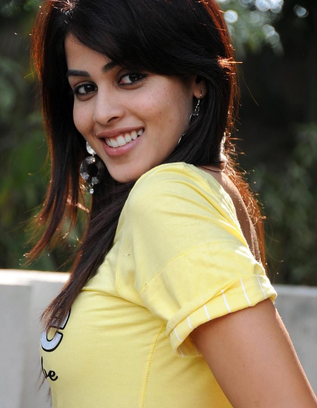 Genelia D'Souza_cute-smile