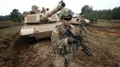 la-proxima-guerra-vehiculos-blindados-y-tanques-de-eeuu-se-acumulan-frontera-con-rusia-paises-balticos