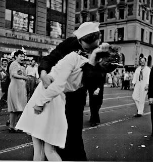 1945年勝利之吻