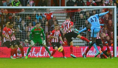 Liga Inggris : Southampton 0-3 City