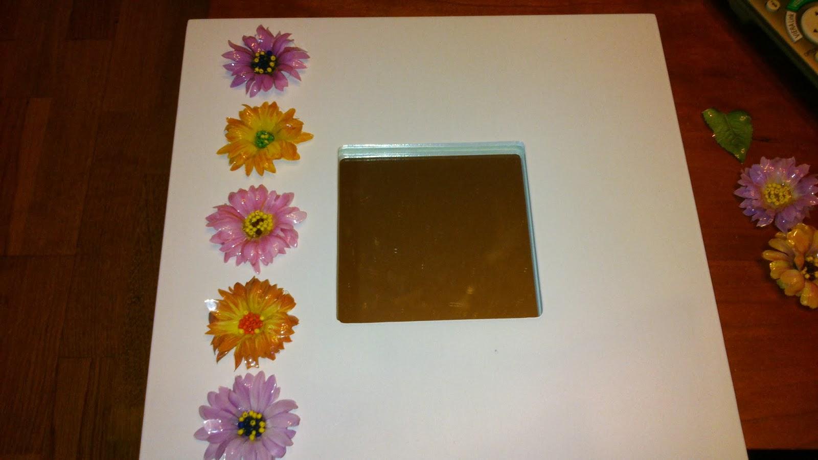 Las manualidades de carmen espejos decorados con flores - Manualidades espejos decorados ...