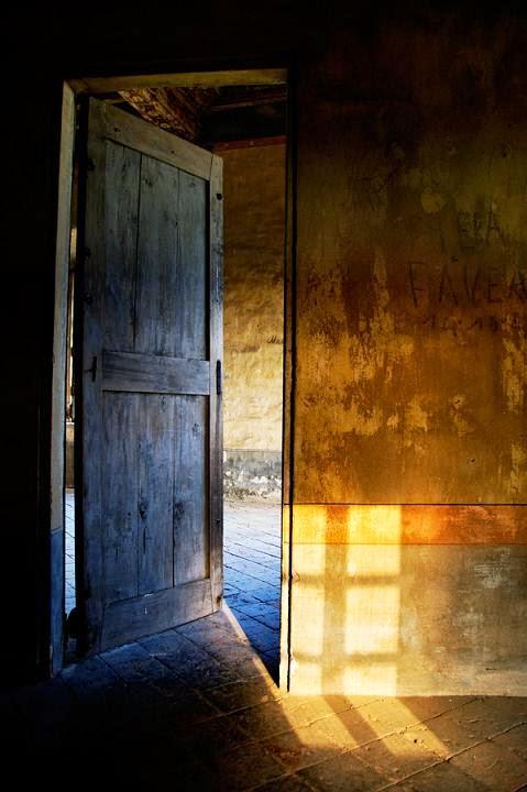 Il ticchett o del silenzio la magia tiene sempre la porta aperta - Il giardino segreto banana yoshimoto ...