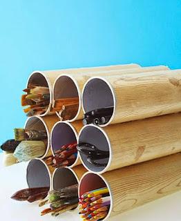 http://manualidadesdehogar.com/organizador-de-lapices-con-tubos-de-patatas/