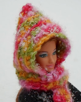 crochet hooded scarf for barbie-free pattern