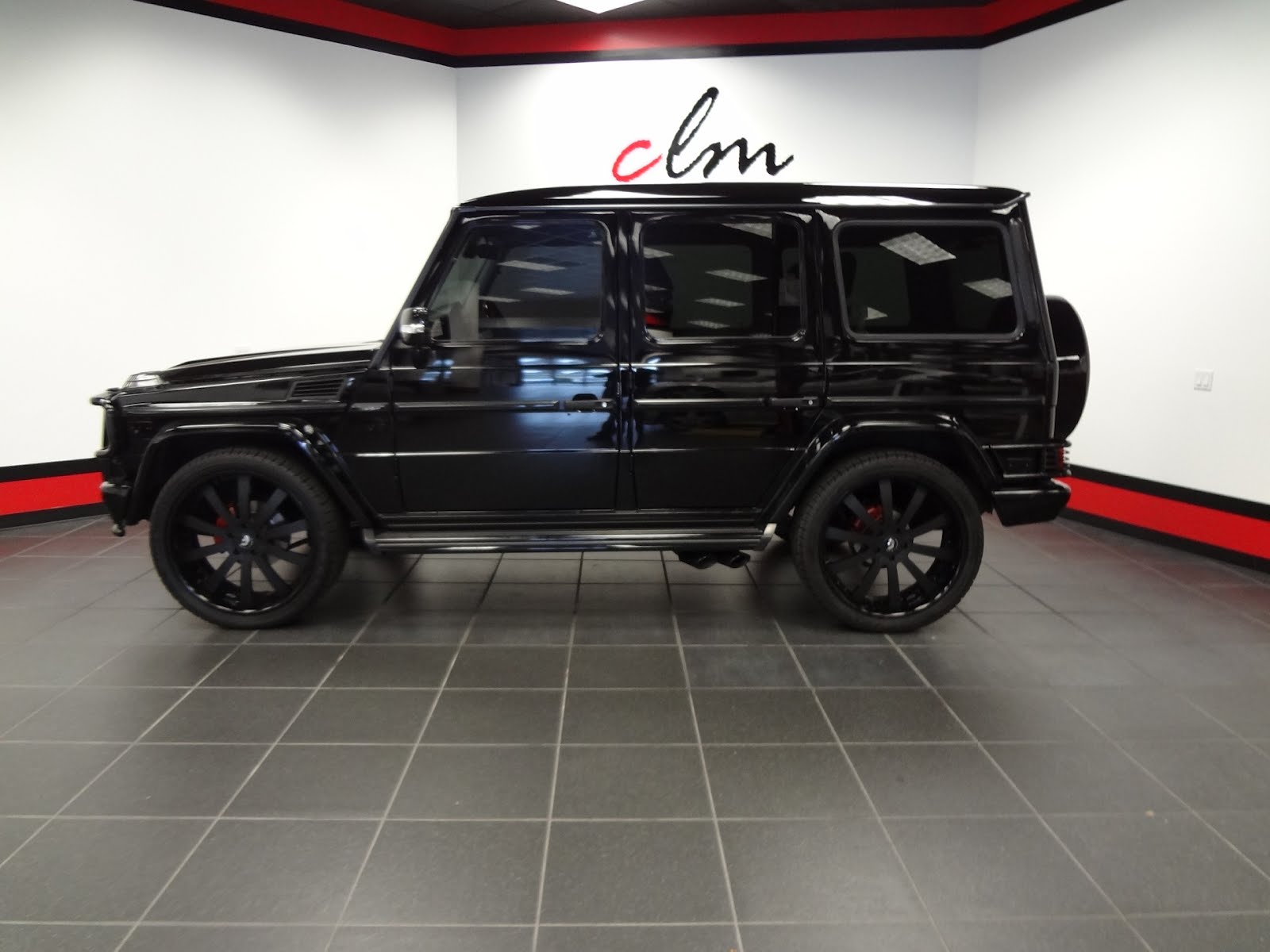 Do you want to buy scott disick 39 s g wagon doing donuts for Mercedes benz kardashian