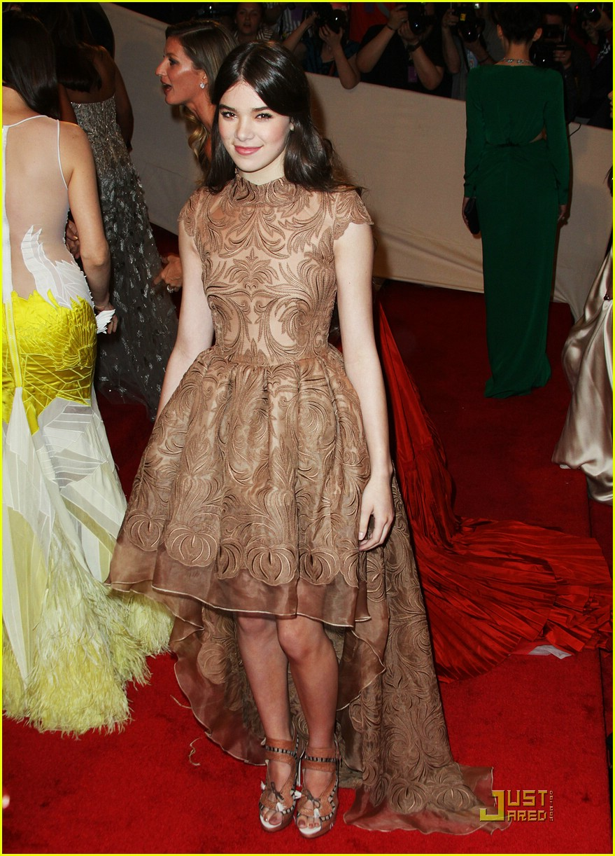 "Hailee Steinfeld looked adorable in a nude lace embroidered, fishtail hem Stella McCartney gown with a train at the ""Alexander McQueen: Savage Beauty"" Costume Institute Gala held at The Metropolitan Museum of Art on May 2, 2011 in New York City."