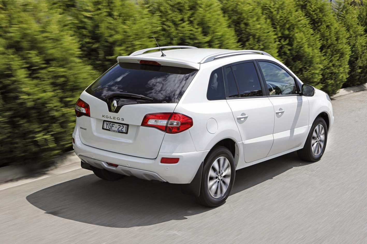 renault koleos 2 5 suv harga kereta di malaysia. Black Bedroom Furniture Sets. Home Design Ideas