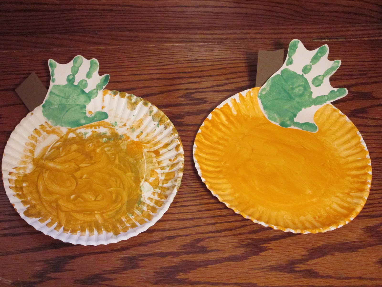 Walk in the sunshine halloween hand print crafts jeuxipadfo Image collections