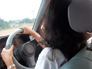 gaya mengemudi
