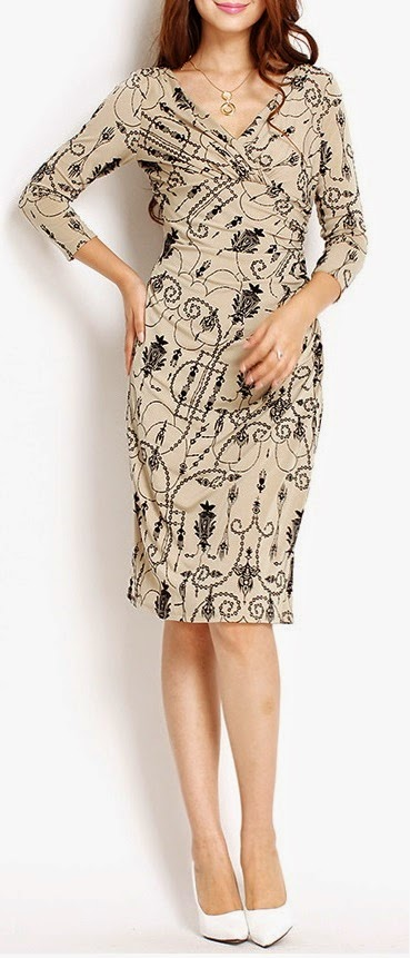 Three-Quarter Sleeve V-Neck Antique Chandelier Print Dress