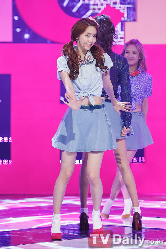 SNSD YOONA 2013 COMEBACK STAGE MNET PHOTO