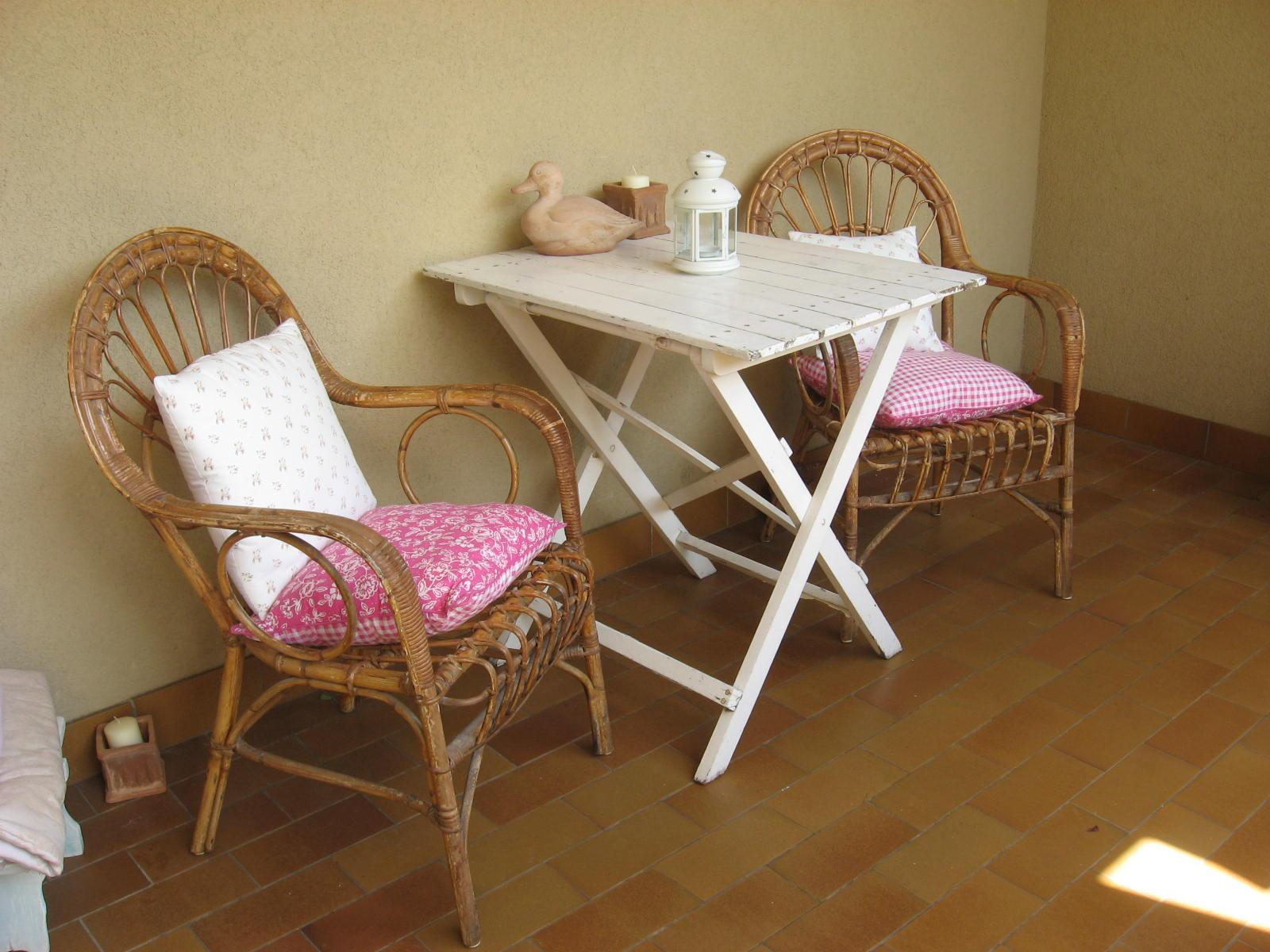 Il patchwork di penny sedie di vimini rinnovate - Sedie in rattan ikea ...