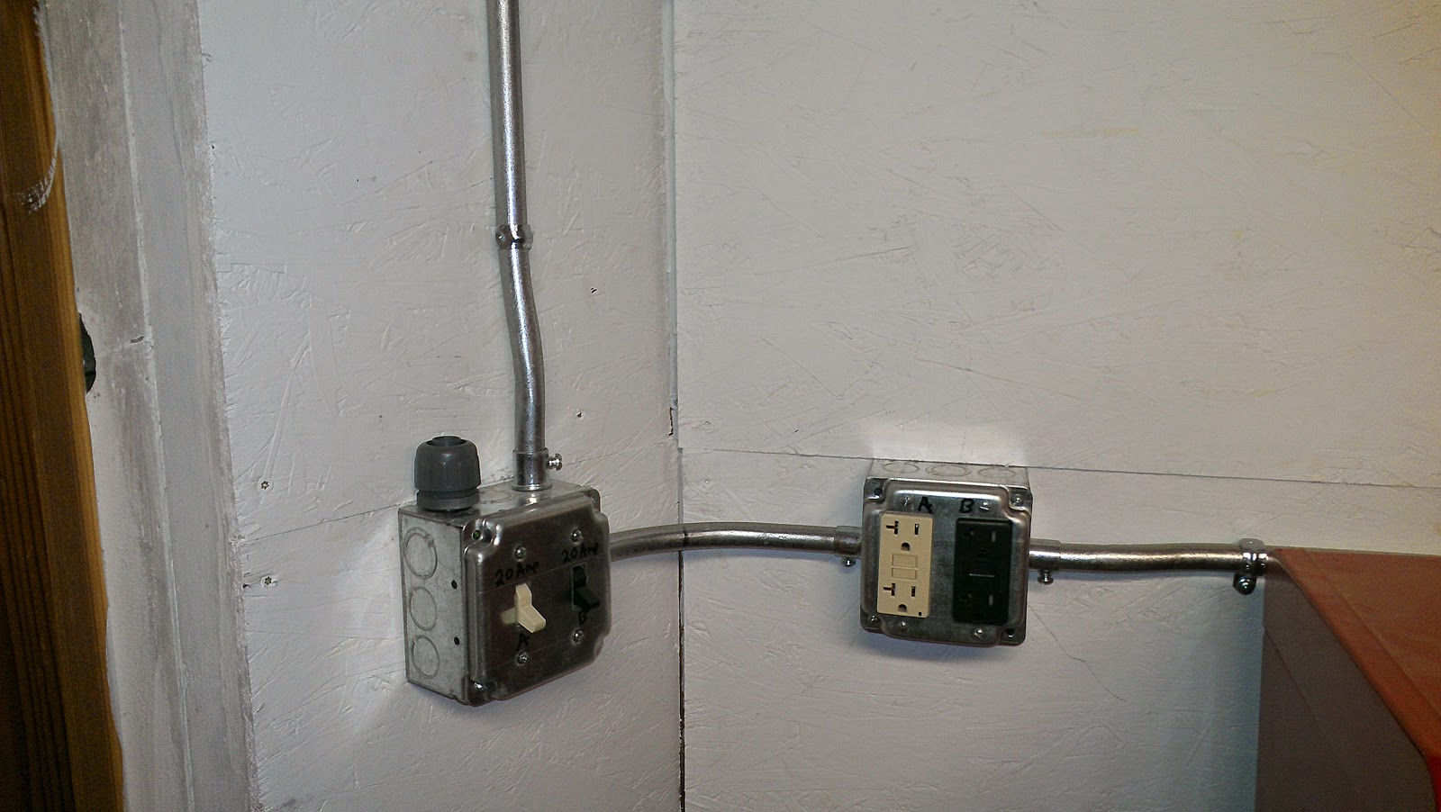 Life On Wall Street June 2014 Multi Wire Branch Circuits There Is A Circuit Running To The Garage So I Decided Use Two Different Colored Outlets Keep Track Of Which They