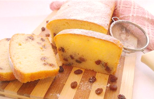 Вкуснейший творожный кекс с изюмом