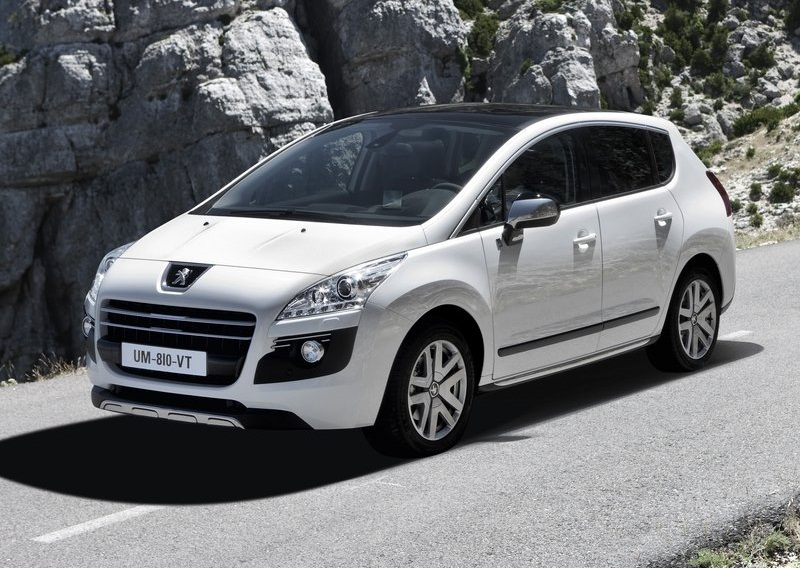 Sport Car Garage: Peugeot 3008 HYbrid4 (2012)
