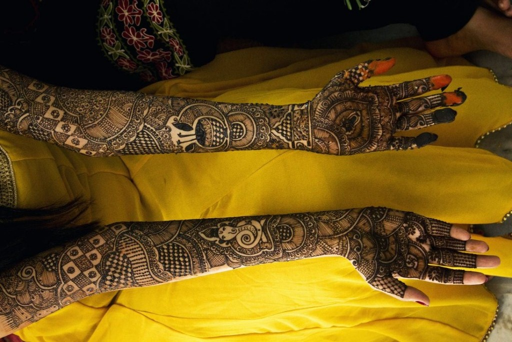 Bridal Mehndi Designs: Full Hand Mehndi Designs For Bridal ...