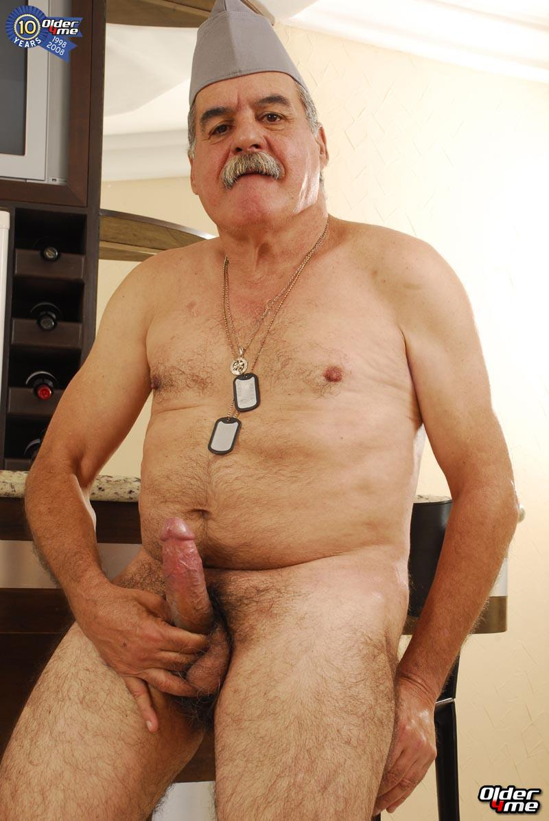 Strong Hairy Gay Men Naked