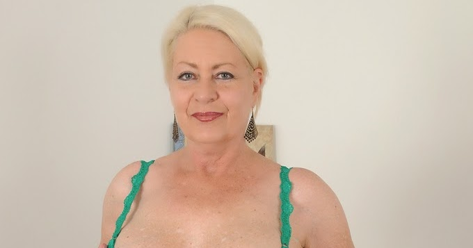 Angelique DuBois   devade87