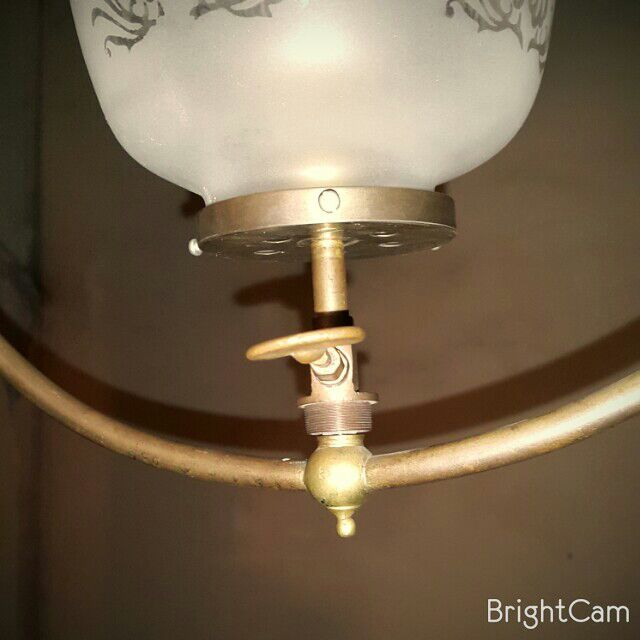Hanging Harp Gas Light With Vianne Glass Etched Gas Lamp