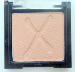 Max Colour Effect Mono Eyeshadow in Creme Champagne