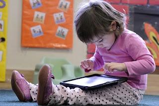 Tablet untuk Anak dengan Aplikasi dan Game untuk Belajar